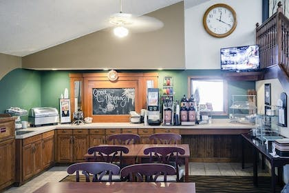 Breakfast Area | AmericInn by Wyndham Atchison