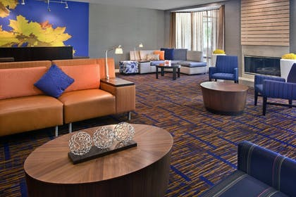 Interior | Courtyard by Marriott Philadelphia Plymouth Meeting