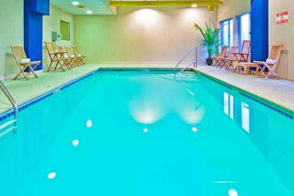 Pool | Holiday Inn Express Hotel & Suites Chattanooga-Lookout Mtn