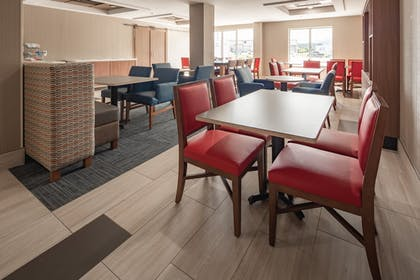 Restaurant | Holiday Inn Express Hotel & Suites Chattanooga-Lookout Mtn