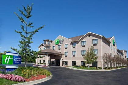 Featured Image   Holiday Inn Express Hotel & Suites Belleville
