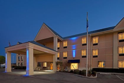 Property Grounds | Brownwood Express Inn & Suites