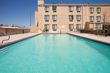 Sports Facility | Brownwood Express Inn & Suites