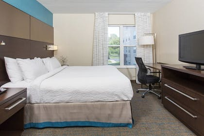 Guestroom | Residence Inn by Marriott West Rochester