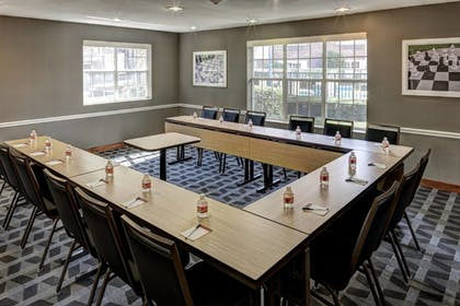 Meeting Facility | TownePlace Suites by Marriott Dallas Las Colinas