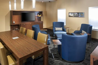 Lobby | TownePlace Suites by Marriott Dallas Las Colinas