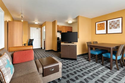 Living Area | Towneplace Suites By Marriott Denver Tech Center