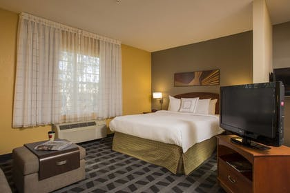 Guestroom | TownePlace Suites by Marriott Greenville Haywood Mall