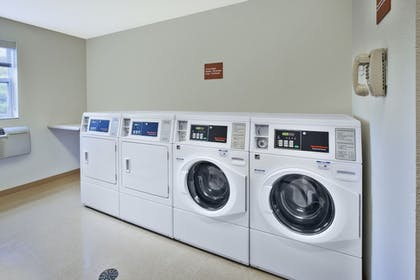 Laundry Room   Towneplace Suites By Marriott Brookfield