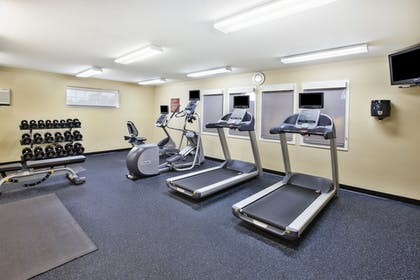 Fitness Facility   Towneplace Suites By Marriott Brookfield