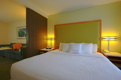 Guestroom | SpringHill Suites by Marriott Hershey Near the Park