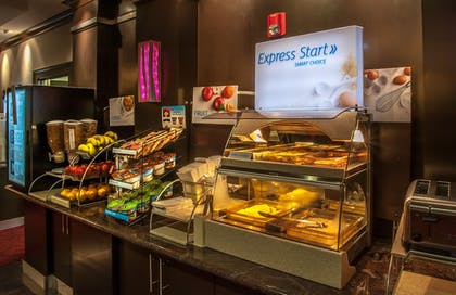 Restaurant | Holiday Inn Express Dallas-North Tollway (N Plano)