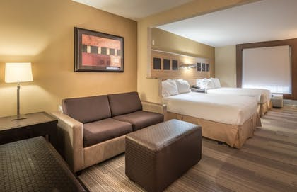 Living Room | Holiday Inn Express Dallas-North Tollway (N Plano)