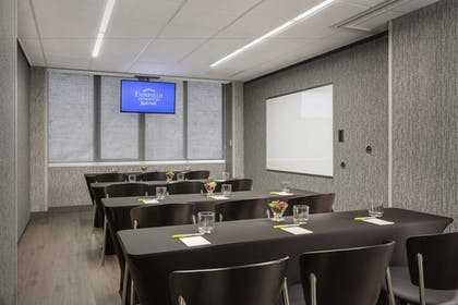 Meeting Facility | Fairfield Inn & Suites Chicago Downtown / Magnificent Mile