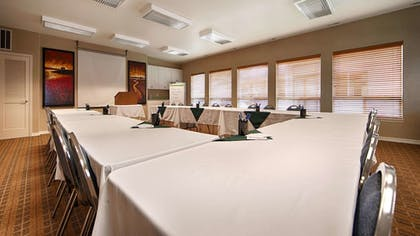Meeting Facility   Best Western Inn At Face Rock