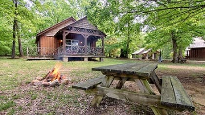 Exterior | The Smokehouse Lodge and Cabins