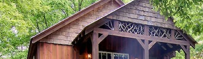 | The Smokehouse Lodge and Cabins