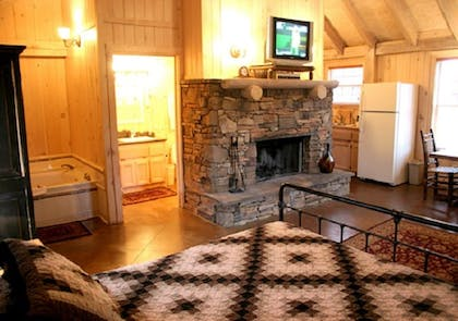 In-Room Kitchen | The Smokehouse Lodge and Cabins