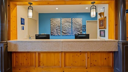 Reception | Best Western Dinosaur Valley Inn & Suites