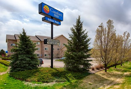 Hotel Front   Comfort Inn Fort Collins North