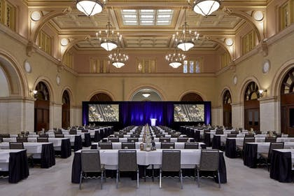 Meeting Facility | Residence Inn Minneapolis Downtown at The Depot by Marriott