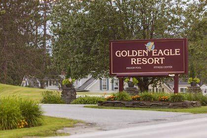 Hotel Entrance | Golden Eagle Resort