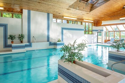 Indoor Pool | Golden Eagle Resort
