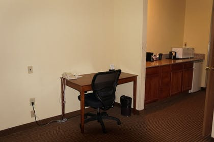 In-Room Business Center | BEST WESTERN Executive Suites - Columbus East