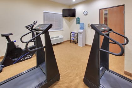 Fitness Facility | Holiday Inn Express Hotel & Suites