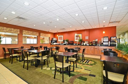 Breakfast Area | Best Western Chicago Southland