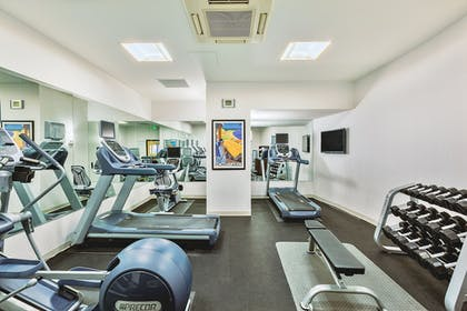 Fitness Facility | Holiday Inn Express and Suites Fisherman's Wharf