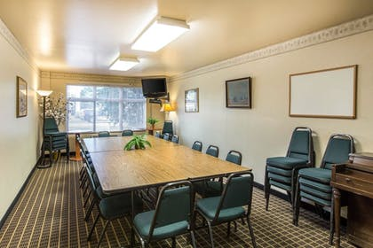 Meeting Facility | Quality Inn & Suites Summit County