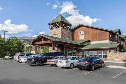 Featured Image | Quality Inn & Suites Summit County