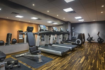 Fitness Facility | Courtyard by Marriott New York JFK Airport
