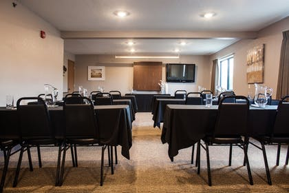Meeting Facility | Heartland Inn