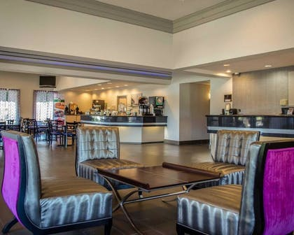 Lobby | Quality Inn And Suites