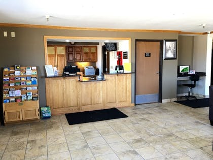 Check-in/Check-out Kiosk | Quincy Inn and Suites