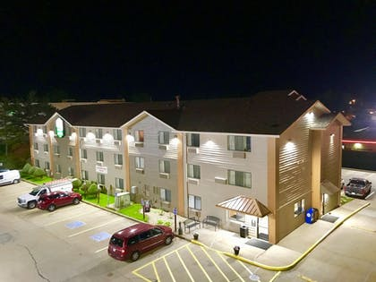 Aerial View | Quincy Inn and Suites