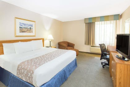 | Suite, 1 King Bed, Non Smoking (One-Bedroom) | Baymont by Wyndham Davenport
