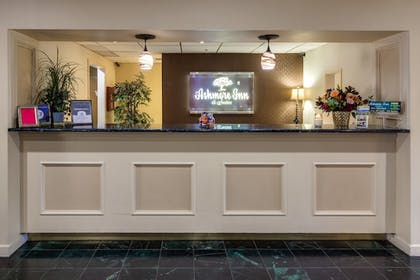 Lobby | Ashmore Inn and Suites