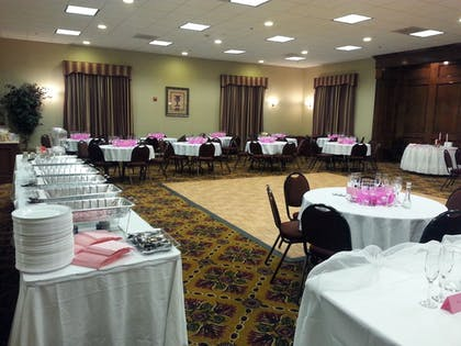 Banquet Hall | Ashmore Inn and Suites