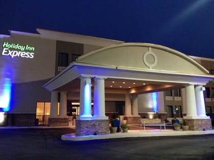 Exterior | Holiday Inn Express New Albany