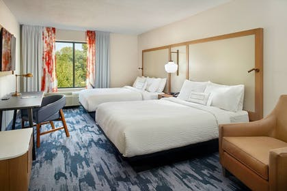 Room | Fairfield Inn & Suites by Marriott Asheville South/Biltmore