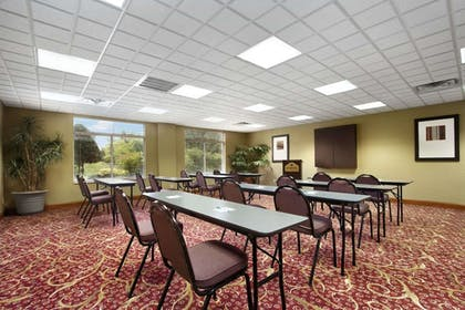 Meeting Facility | Wingate by Wyndham Chattanooga