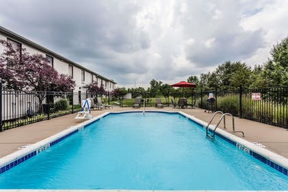 Pool | Baymont by Wyndham Madisonville