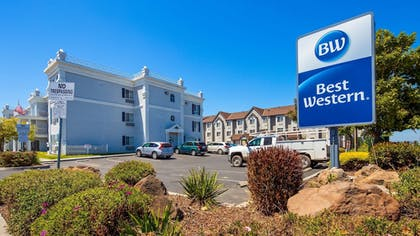 Featured Image | Best Western Salinas Monterey Hotel