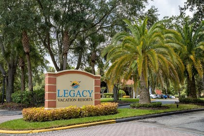 Front of Property | Legacy Vacation Resorts-Lake Buena Vista