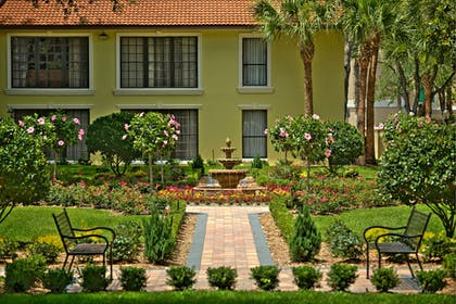 Garden | Legacy Vacation Resorts-Lake Buena Vista