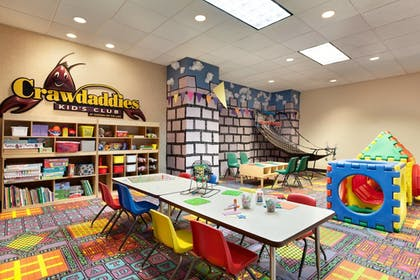 Childrens Play Area - Indoor   Chateau On The Lake Resort Spa and Convention Center