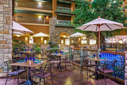 Dining   Chateau On The Lake Resort Spa and Convention Center